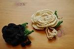 手編みコサージュ